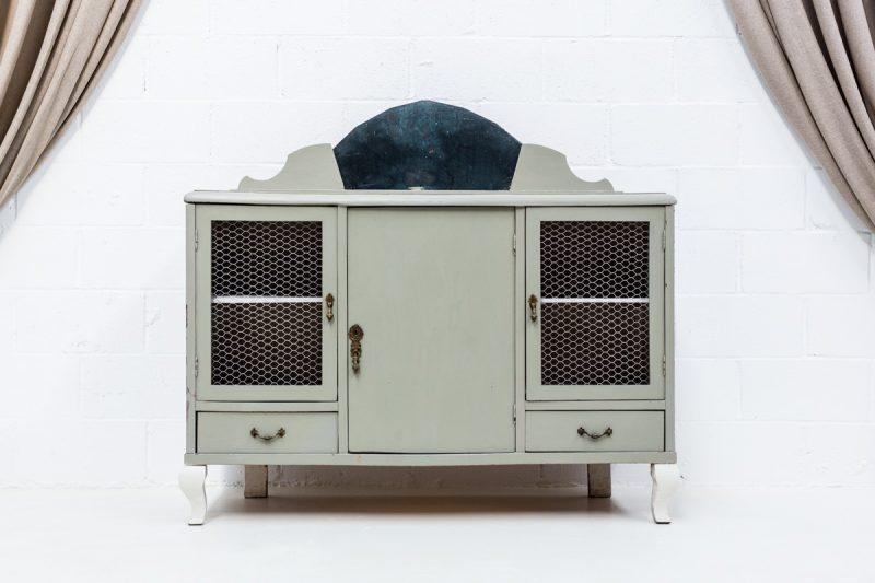 Muebles vintage en Madrid, aparador verde elegante estilo romántico