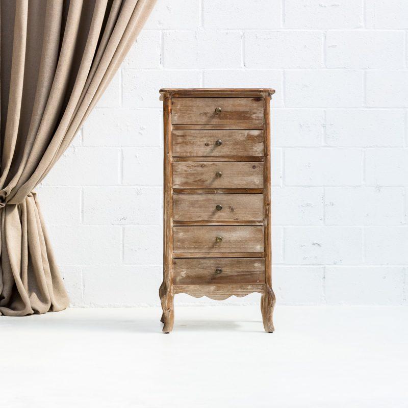 Muebles vintage en Madrid, cómoda sinfonier de madera lavada estilo afrancesado