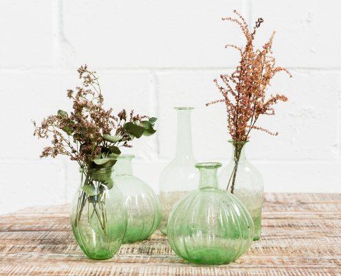 jarron-cristal-diferentes-colores-flores-romantico-florero