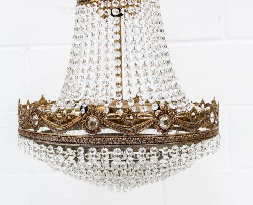 lampara-antigua-cristales-palaciega-romantica-vintage-decoracion-atrezzo