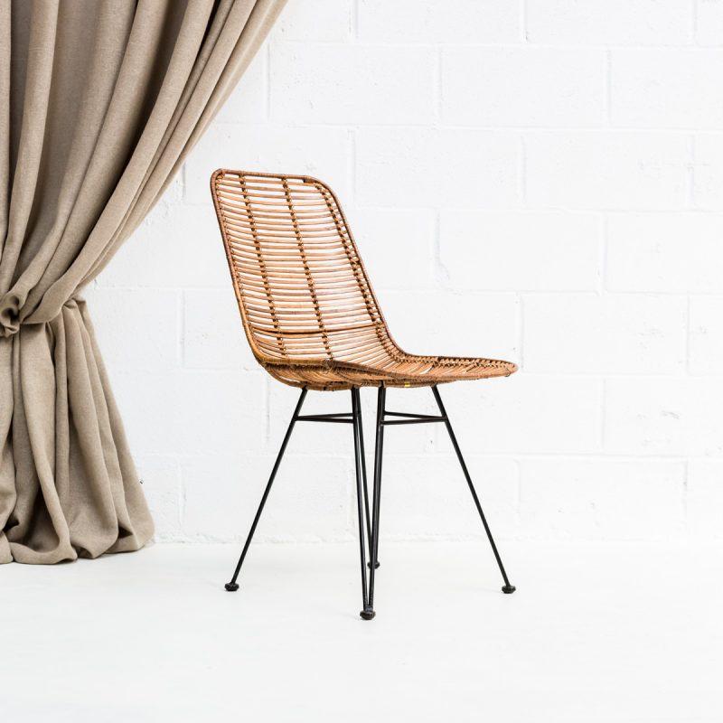 Decoración de eventos, silla estilo nórdico de fibra natural y patas de hierro