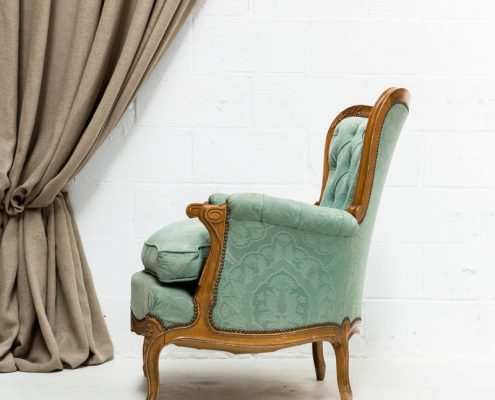sillon butaca romantico de una plaza estilo rococo color turquesa