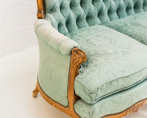 sofa romantico de tres plazas estilo rococo color turquesa
