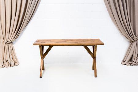 mesa de madera acabado lavado estilo nordico tampaño mediano
