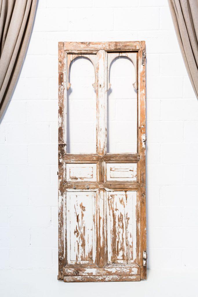 Puerta antigua de madera beautiful puerta antigua madera - Puertas madera antiguas ...