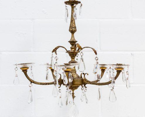 lampara vintage araña de hierro y cristales sueltos