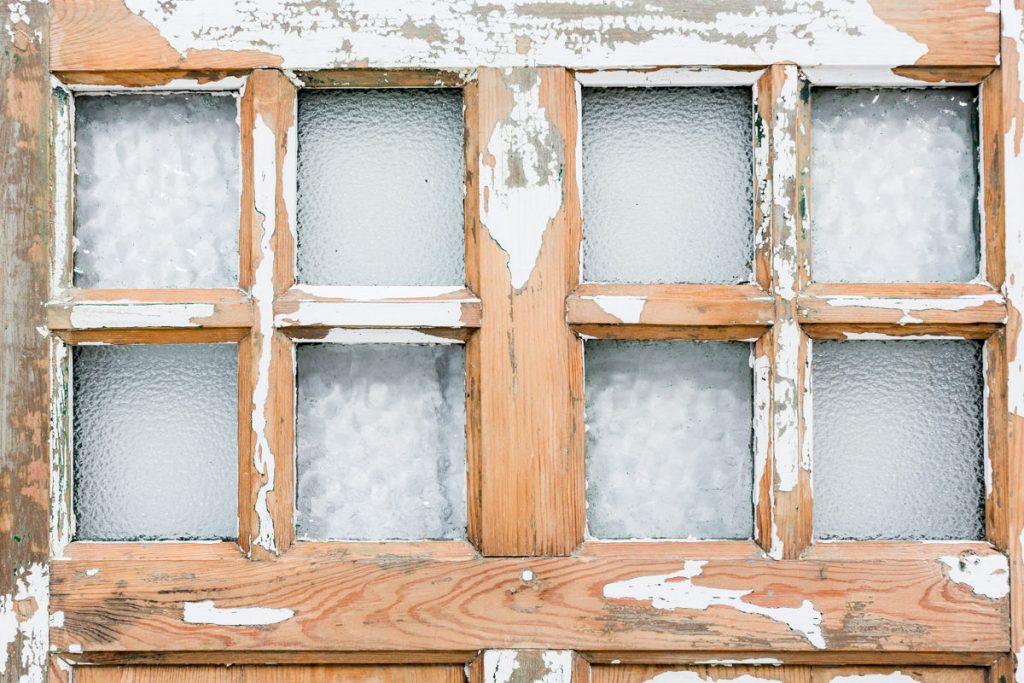 Puerta antigua de madera madera casa piso ventana pared for Puerta vieja madera