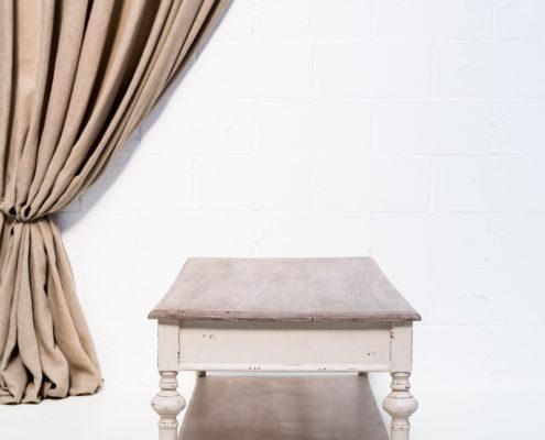 mesa-baja-sofa-afrancesada-romantica-cajon