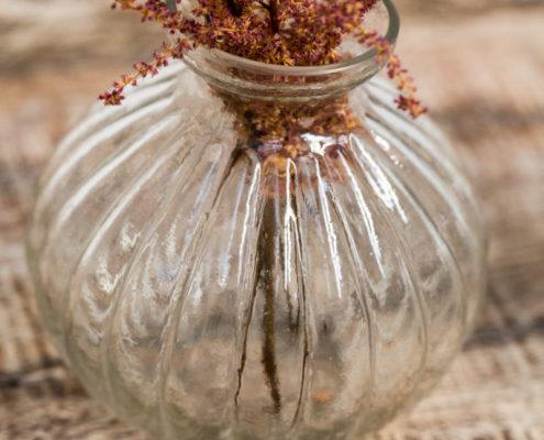 jarron-cristal-decoracion-atrezzo-flor-vintage