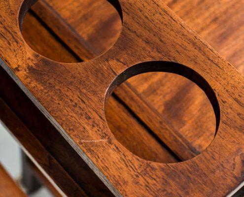 carro estilo camarera bar de madera oscura vintage