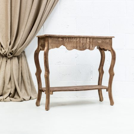 consola de madera lavada estilo afrancesado