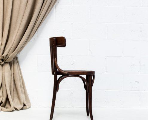 silla bistro vintage de madera color marron