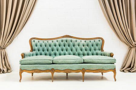 Decoración de bodas, sofá romántico de tres plazas estilo rococó color turquesa
