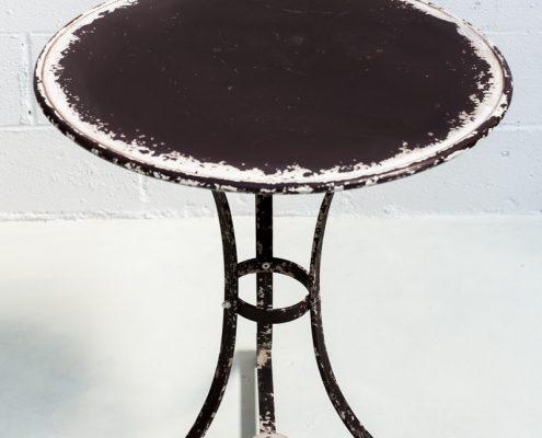 mesa de forja alta redonda estilo afrancesado y romantico
