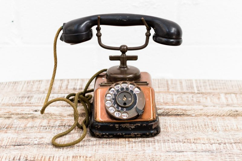 telefono-antiguo-vintage-decoracion-antiguedades