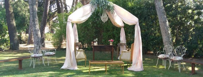 Alquiler Mobiliario Bodas - Altar - Memorias del Ayer