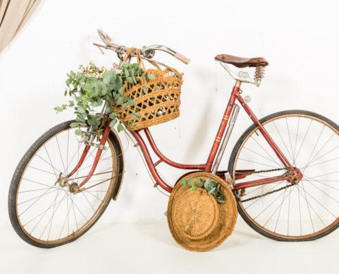 bicicleta-vintage-antigua-decoracion-atrezzo_15