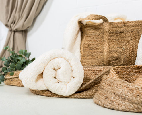 cesta-natural-yute-decoracion-atrezzo