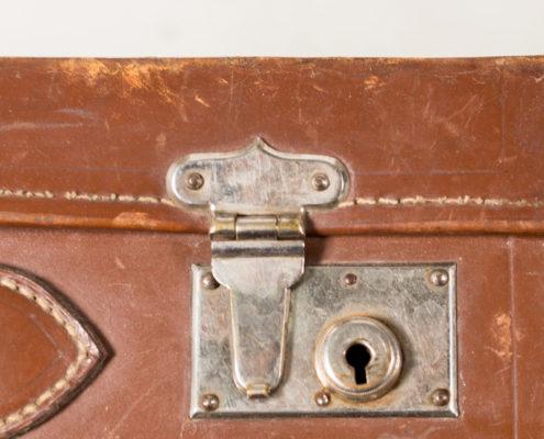 maleta-vintage-antigua-decoracion-atrezzo