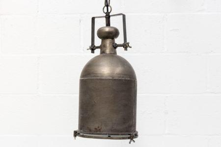 lampara-metal-gris-estilo-industrial