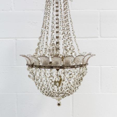 lampara-arana-romantica-vintage-forja-cristales-antigua-decoracion-atrezzo-petalos_02